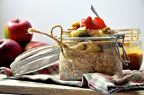 Overnight Apple Pie Oats